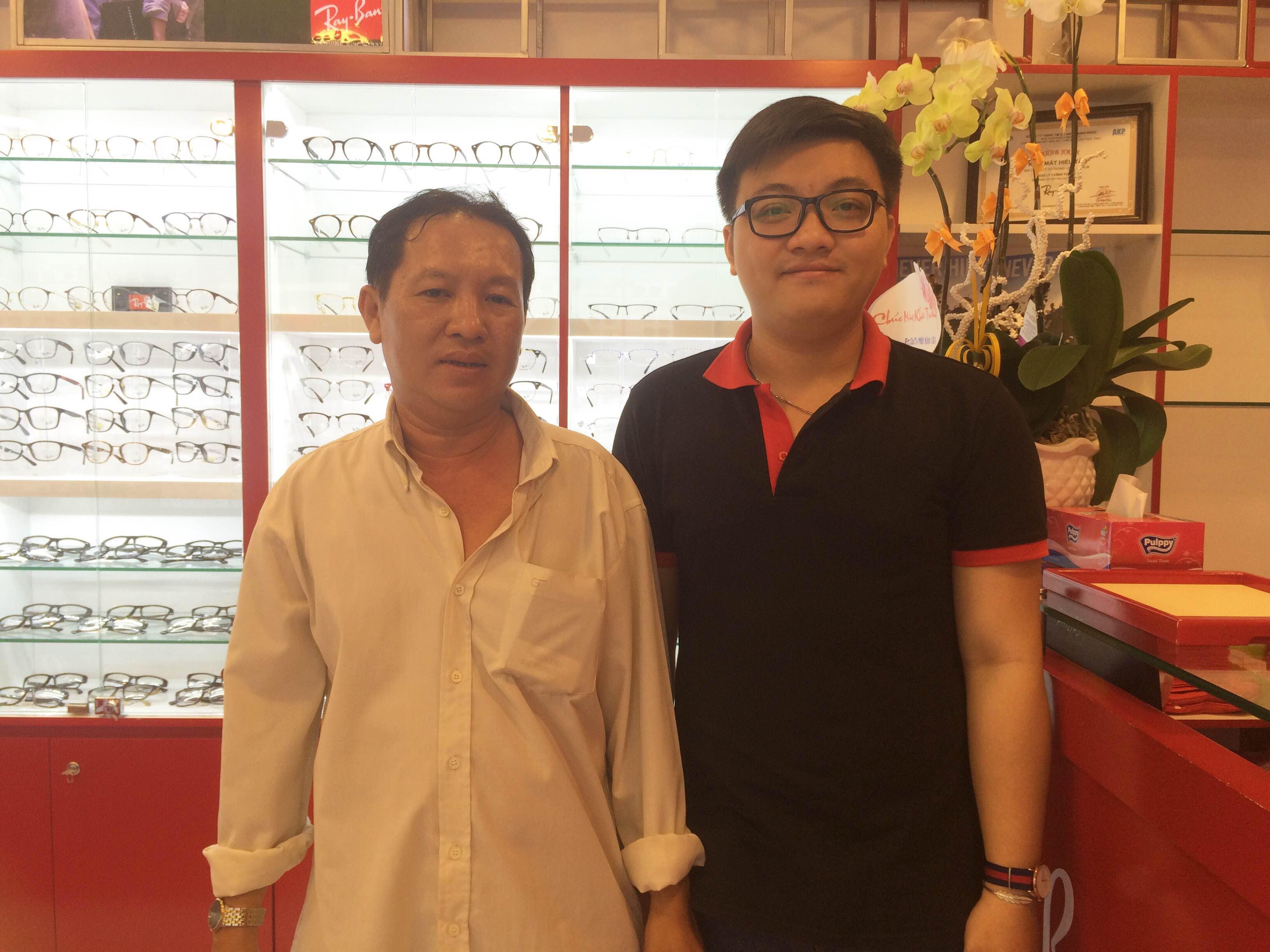 Cảm ơn Anh khách hàng đã ủng hộ Eyewear STORE
